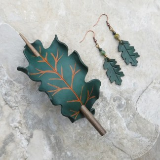 green oak leaf leather hair slide and earrings