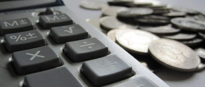 Accounting and Taxes: A Freelance Blogger's Cheat Sheet