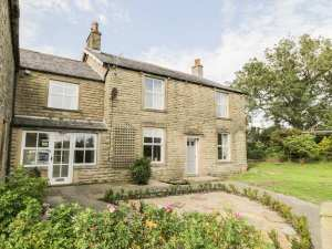 NEW – Coars Farm Holiday Cottage
