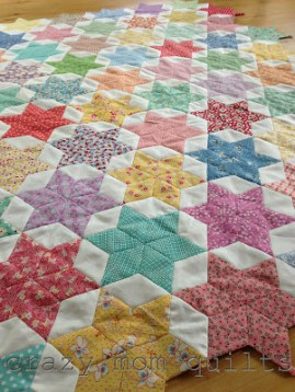 http://crazymomquilts.blogspot.co.uk/2013/06/quilting-on-go-blog-tour.html