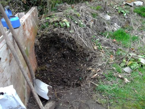 Easiest ever compost at Bealtaine Cottage Permaculture Gardens
