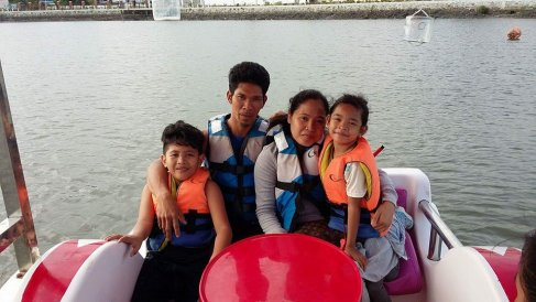 BeamAndGo_Geraldine_with Family