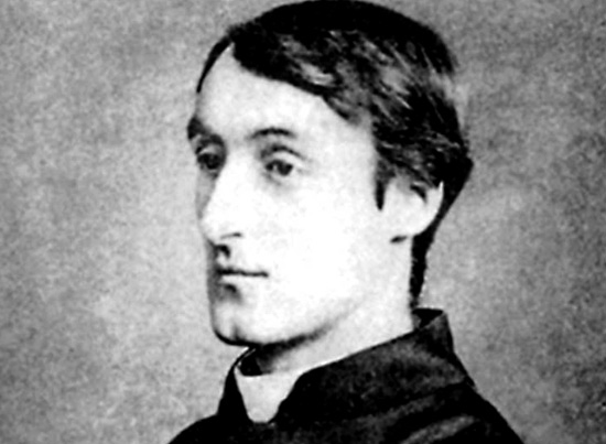 gods grandeur analysis Here's an analysis of the poem the caged skylark by gerard manley hopkins god's grandeur by gerard manley hopkins.