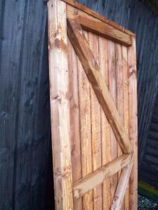 CLOSEBOARD FULLY FRAMED flat TOP GATE (3)