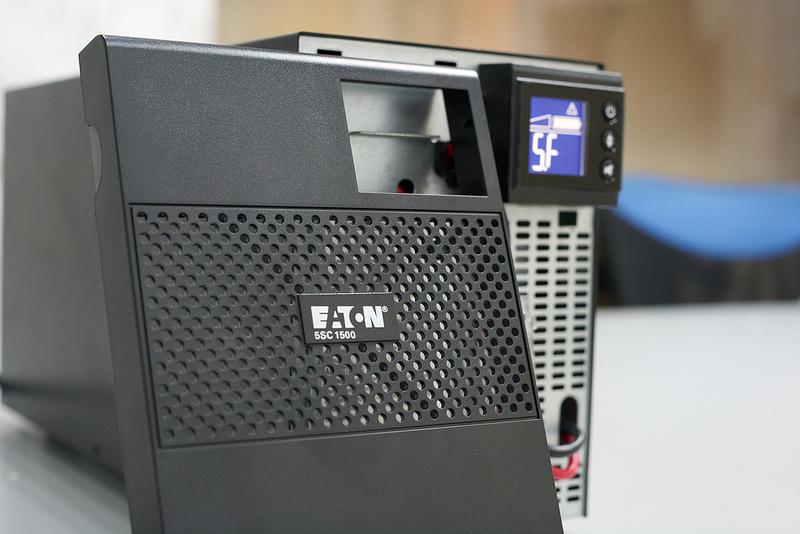 [再開箱] UPS 分享 – EATON 伊頓飛瑞 5SC1500 在線互動式不斷電系統 – 熊老闆的網路格子 10.0β