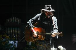 Neil Young Setlist for Way Home 2015