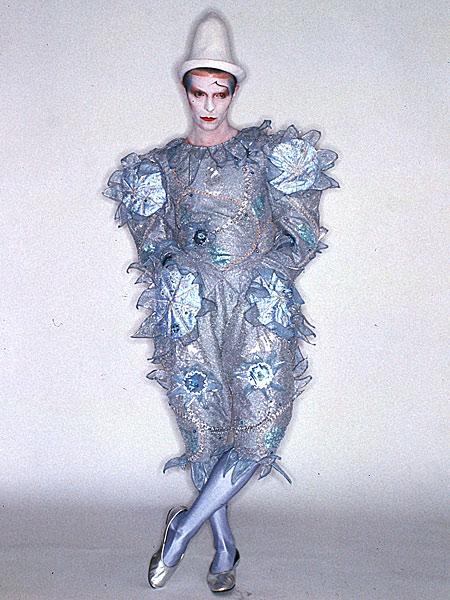 Italian Florence: David Bowie: Embrace The Weird