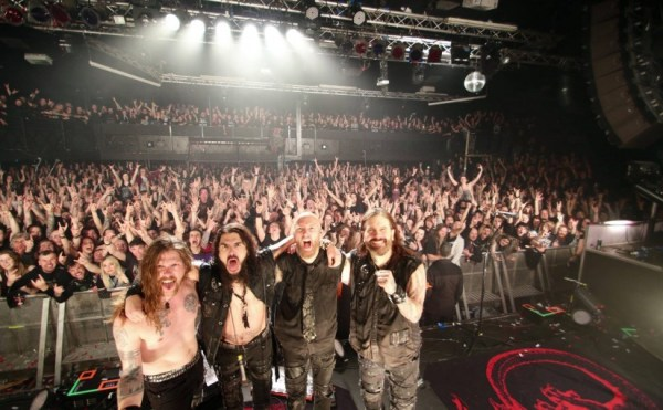 Machine Head and crowd at Rock City Nottingham