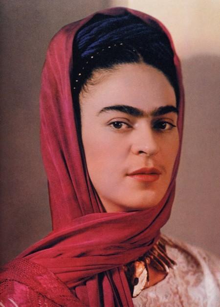 nicc Frida Khalo mustache