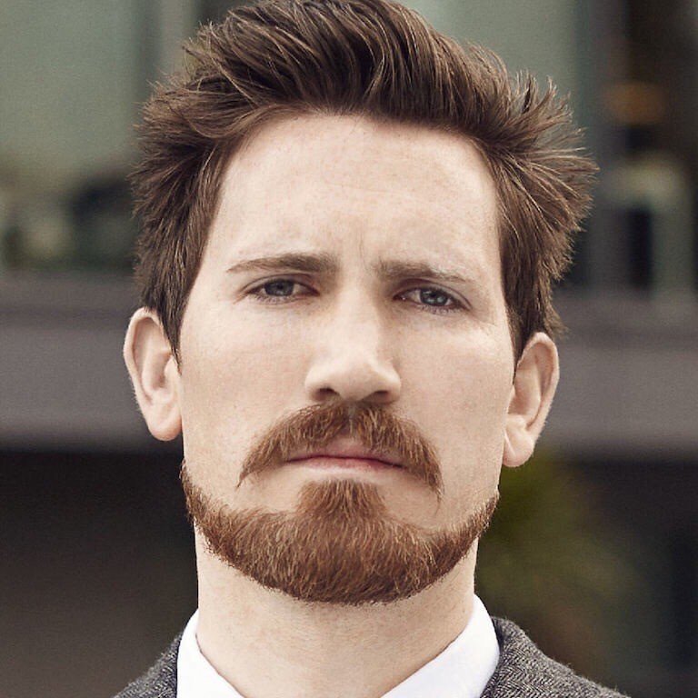 Wide Anchor dyke beard for men