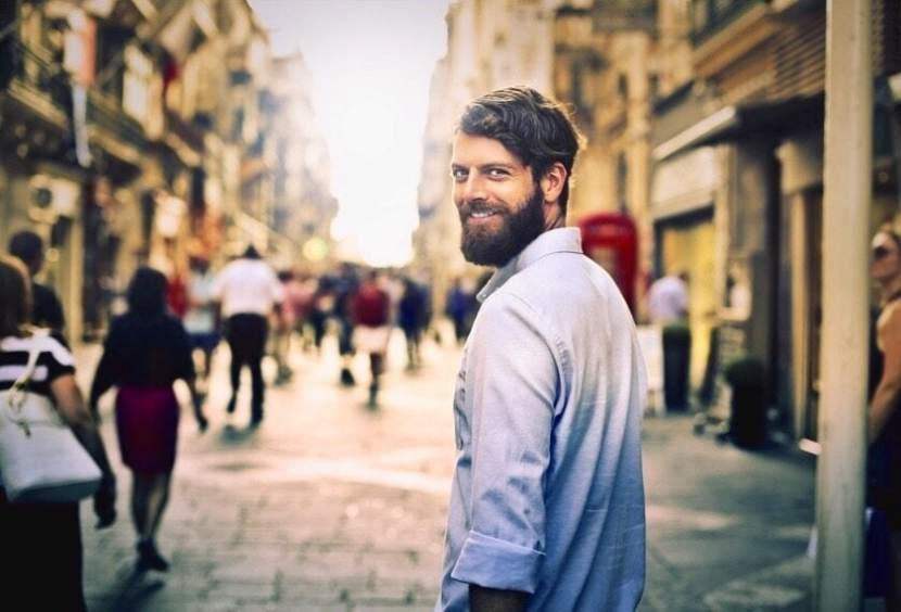 men with full beard
