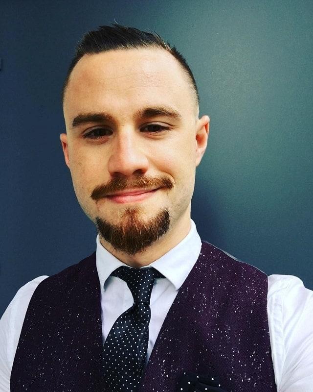 anchor beard for interview