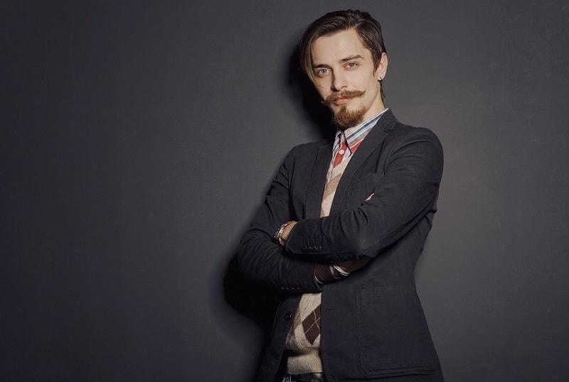 van dyke beard with mustache for men
