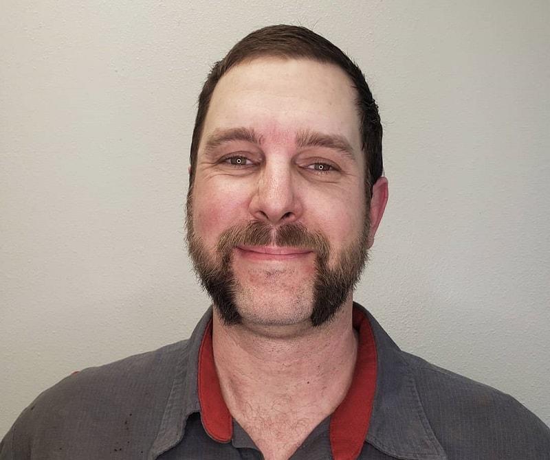 mutton chops beard