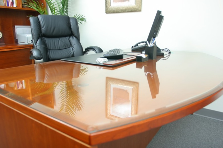 5 Tips For Glass Table Tops  An Intense Solution For