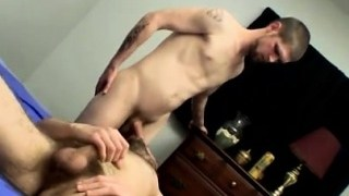 Chubby boy gay porn bear Welsey Gets Drenched Sucking Nolan