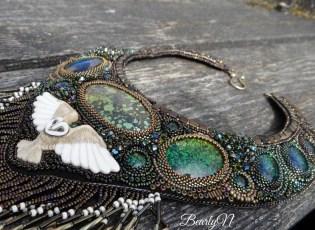Owly You, plastron en bead embroideru