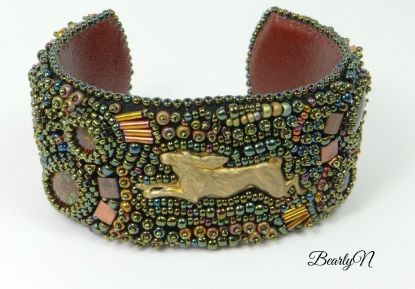 Bracelet lièvre An Euonymus
