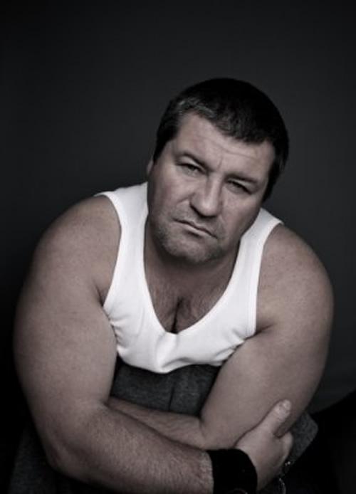 Ludovic Berthillot pose