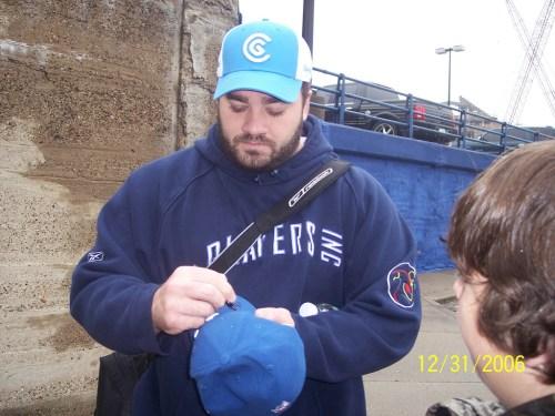 Jeff Saturday autograph 04