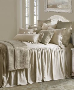 Luna Tan Bed Set