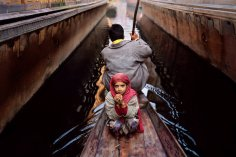 Om Shanti Om - by Steve McCurry