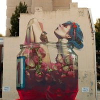 Fruit bath - Street art
