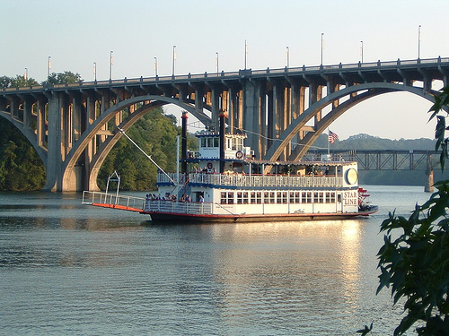 Riverboat, Knoxville