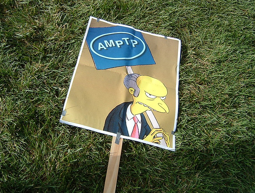 """Cool, Mr. Burns picket sign designed by a striking """"Simpsons"""" writer @ the FOX Studios strike rally (Nov. 9, 2007)"""