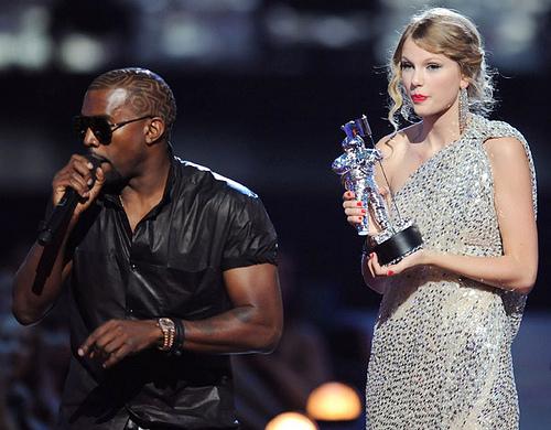 Taylor Swift @ the 2009 VMA's #2