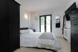 property_oftheweek_eastlondon_bedroom2