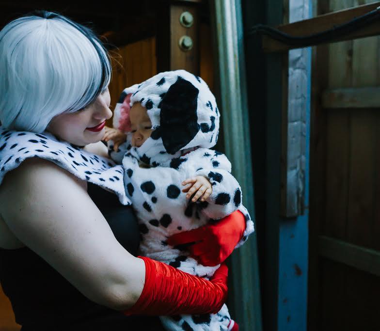 101 Dalmatians Cruella De Ville halloween costume