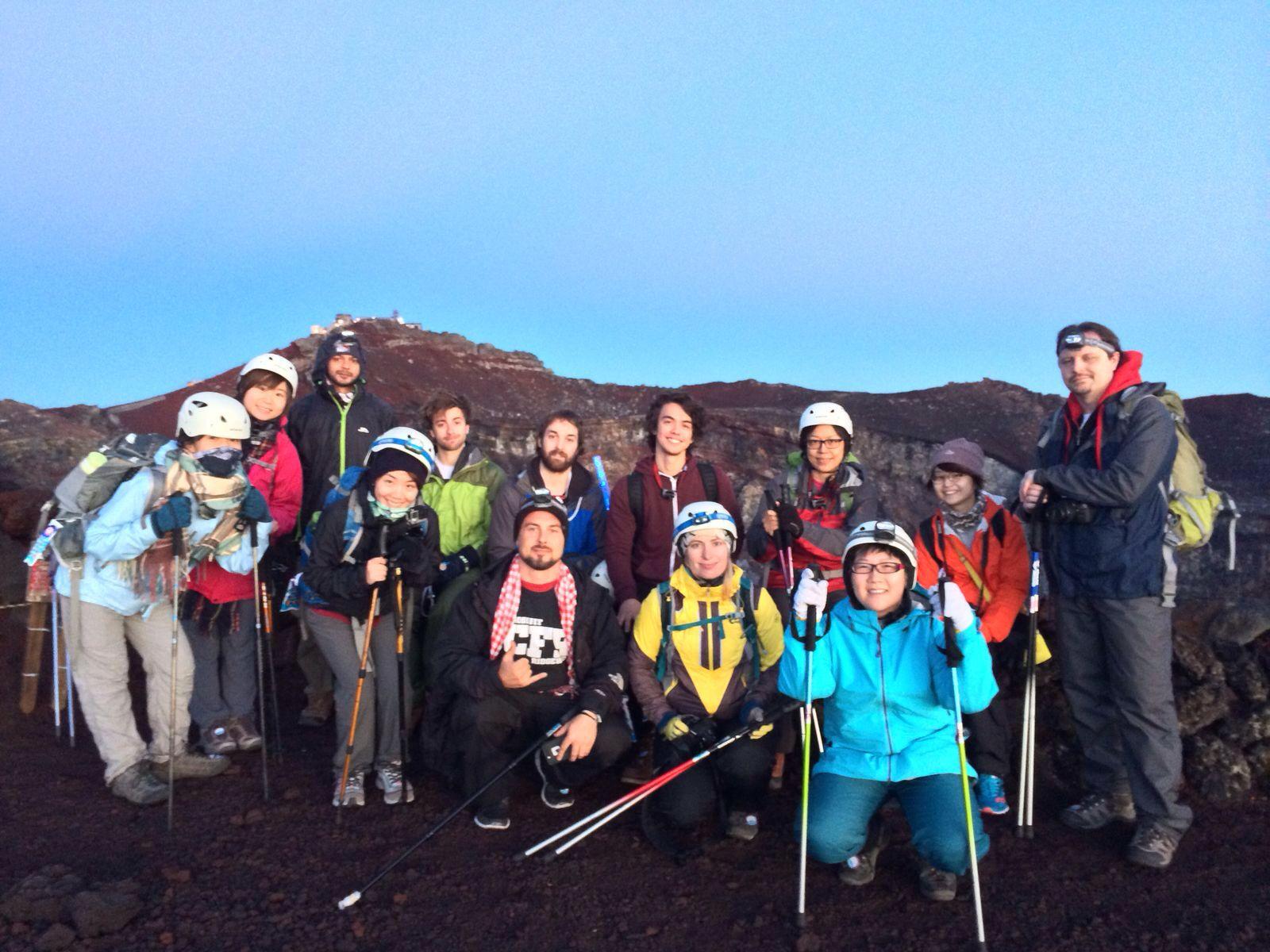 Hello! Mr. Fuji! Vol. 2 – 跟團好唔好!? – Be a Travelholic