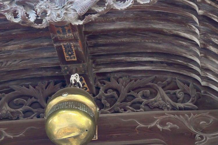 四柱神社(春)