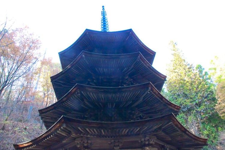 木造八角三重塔