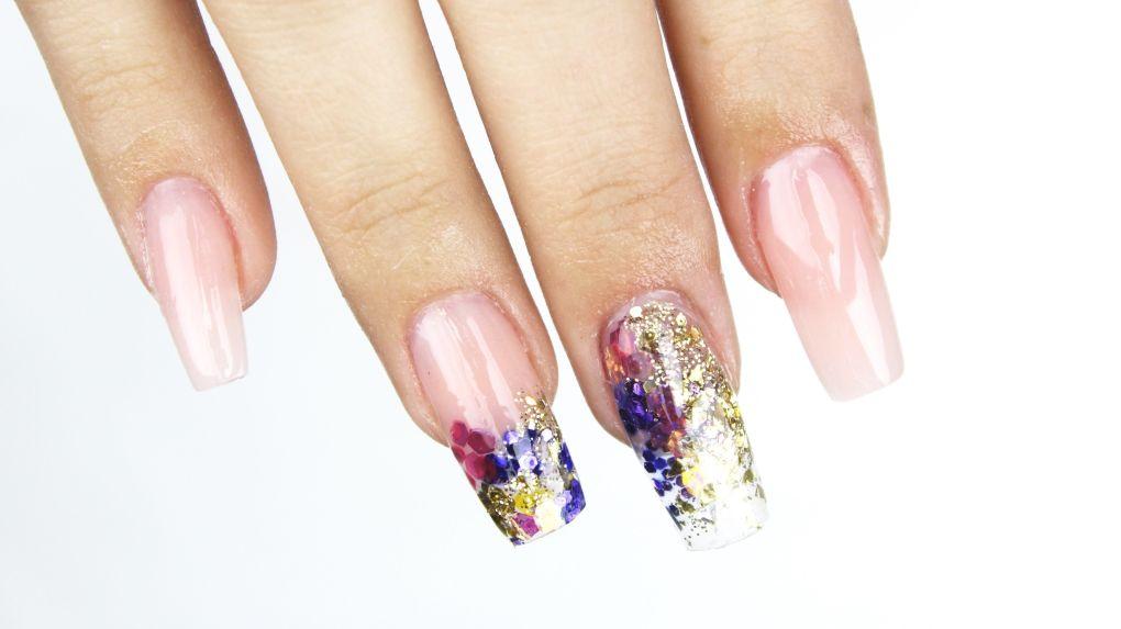 Las uñas acrílicas encapsuladas que te dejarán sin aliento - Beauchic
