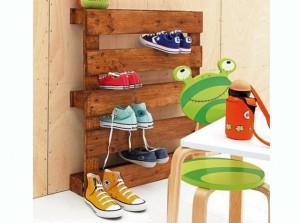 Rangement-chaussures-palette-en-bois_w641h478