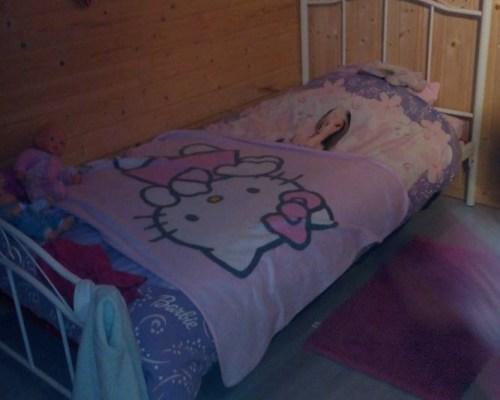Du lit a barreaux au lit de petite fille