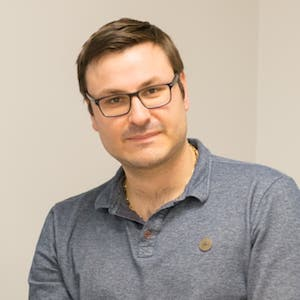 Dr. Florian VALLE