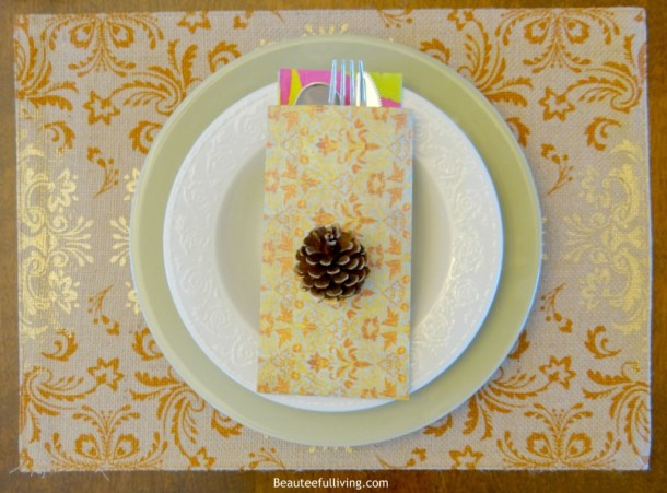 Fall Table Placemat Setting - Beauteeful Living