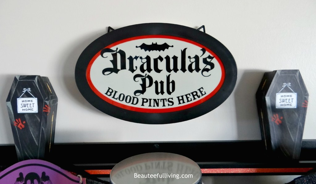 Dracular Bar Light
