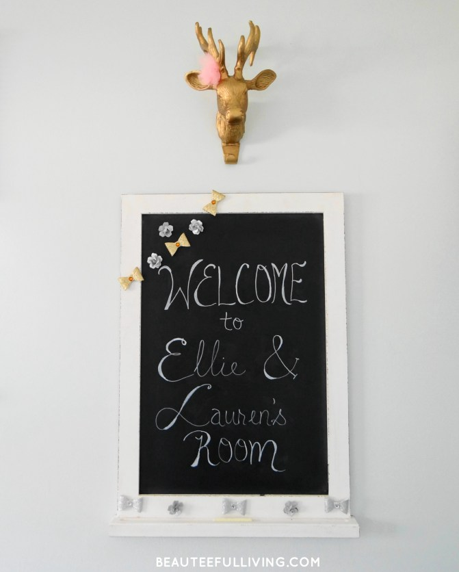 Chalkboard and Deer head mount - Beauteeful Living