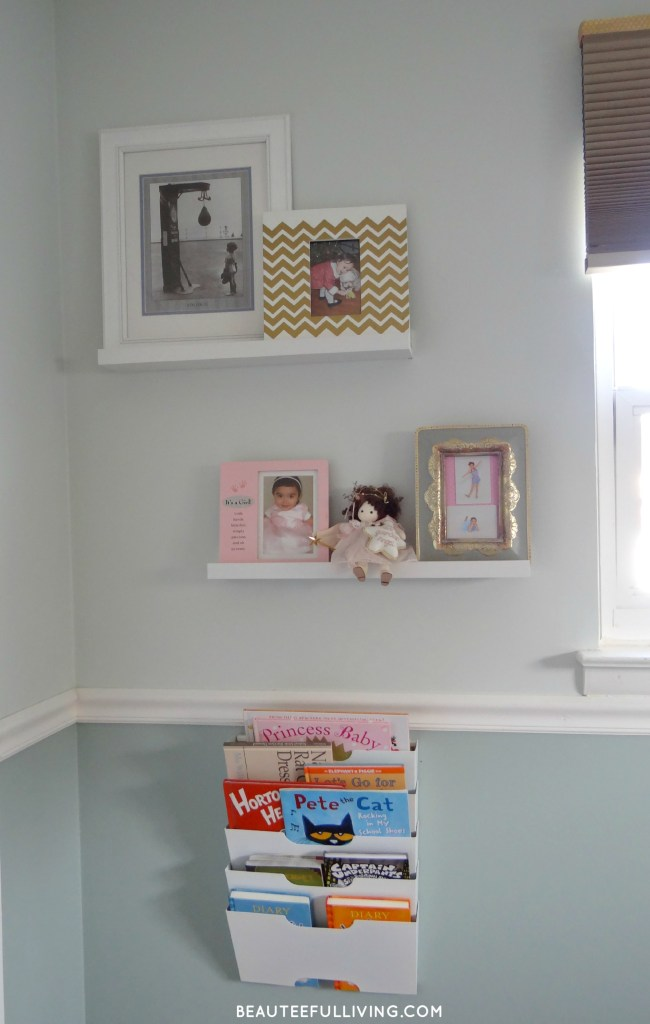 Frames and books - Beauteeful Living
