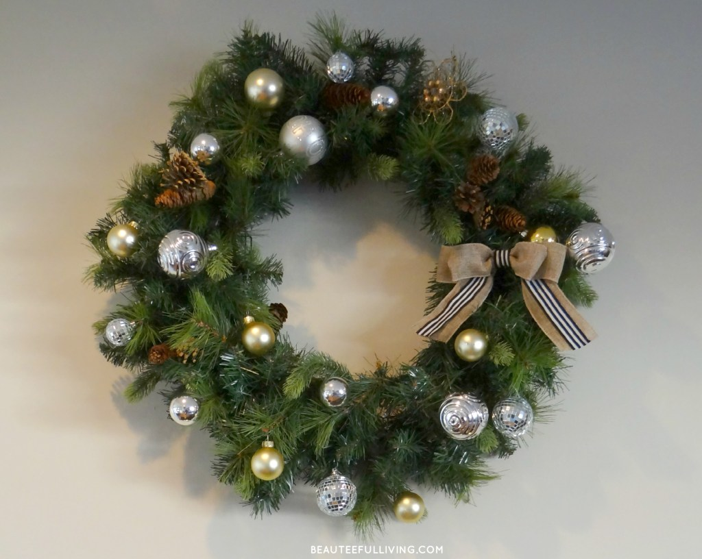 Silver and Gold Christmas Wreath - Beauteeful Living