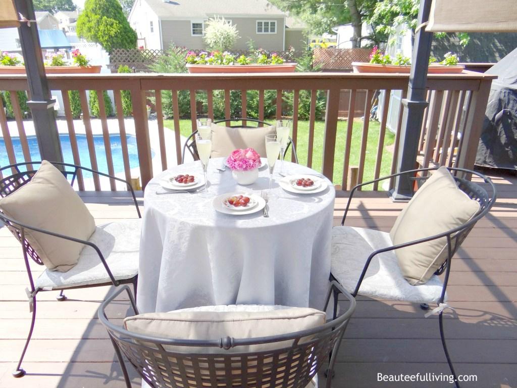 Dining under Pergola - Beauteeful Living