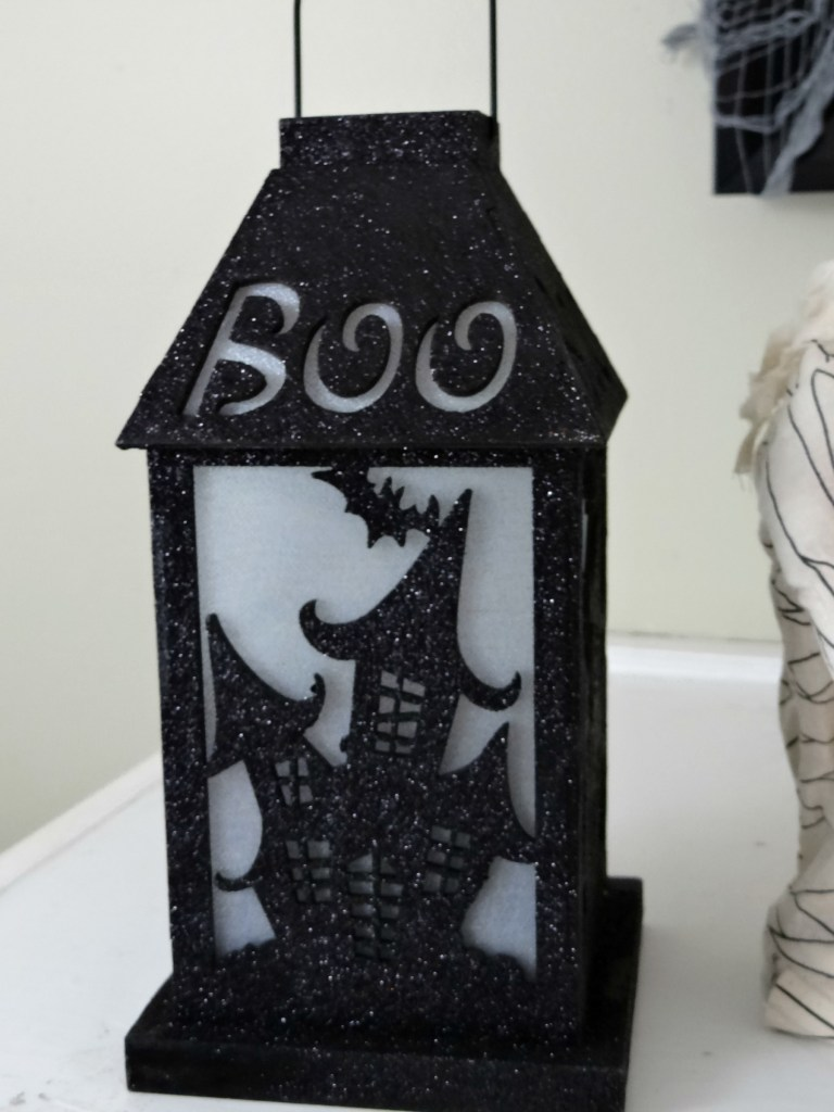 halloween-lantern-from-party-city