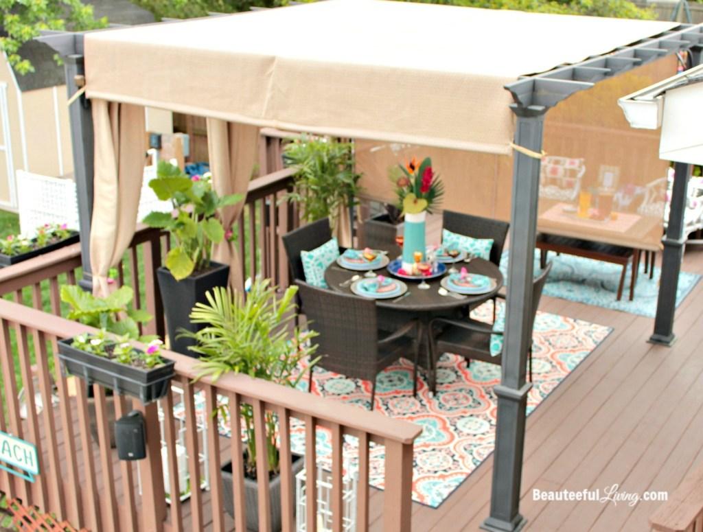 Outdoor pergola decor - Beauteeful Living