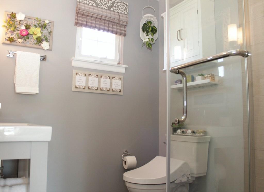 Guest Bathroom Vormax Toilet - Beauteeful Living