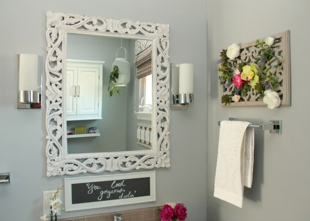 Mirror View with Decor - Beauteeful Living
