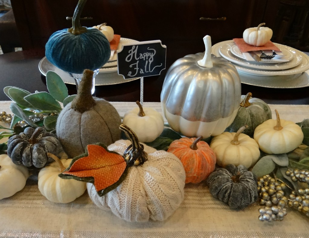 Fall Tablescape centerpiece - Beauteeful Living